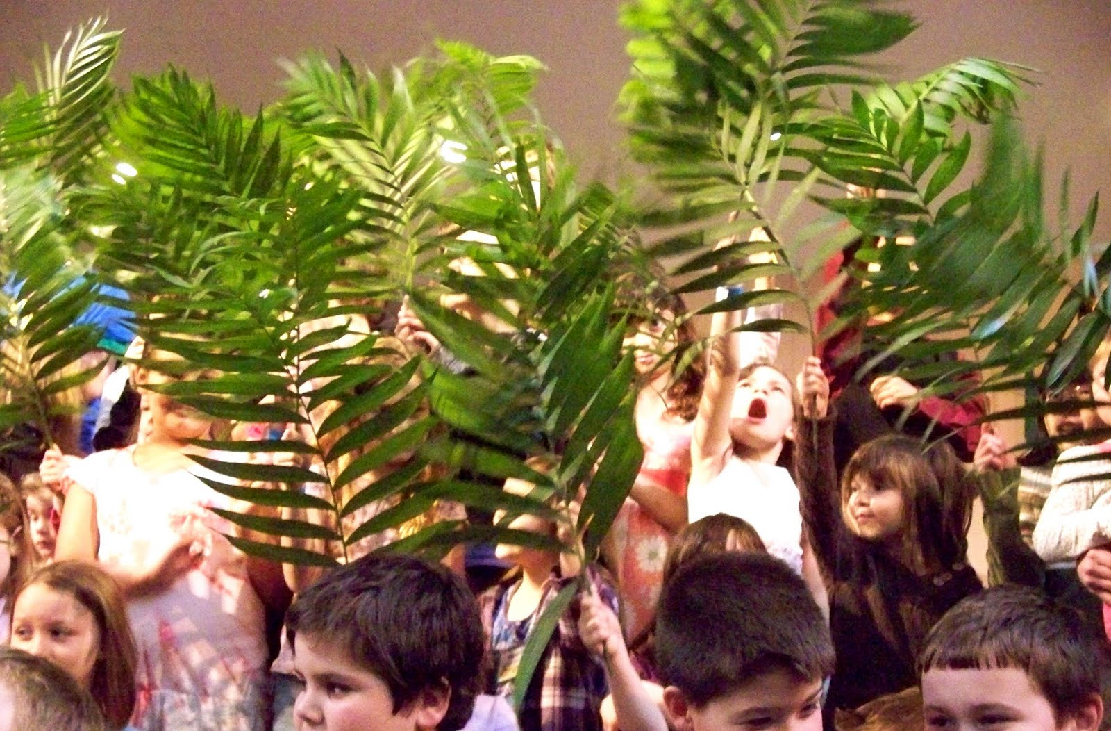 Children shouting in the temple | Making Disciples ...